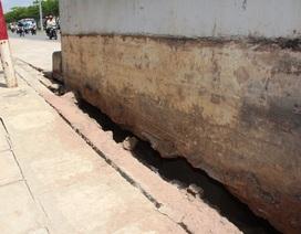 Phát hiện nhiều vết nứt trên đại lộ Võ Văn Kiệt