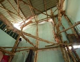 Sống khốn khổ trong những ngôi nhà nghiêng lún, nứt toác nghiêm trọng