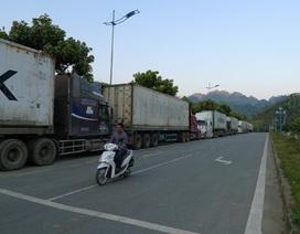 Vì sao cửa khẩu Ma Lù Thàng ùn ứ hàng trăm xe container?