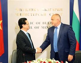 Thủ tướng Nguyễn Tấn Dũng chia sẻ với Thủ tướng Bulgaria những lo ngại về Biển Đông