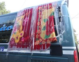 Đề nghị truy rõ các đối tượng ném đá xe khách ở Kon Tum