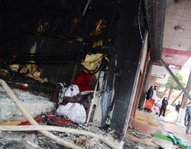 Thắp hương bàn thờ thần tài, cháy rụi cả cửa hàng ga gối