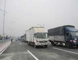 TPHCM: Thông xe kỹ thuật cầu vượt quốc lộ 1A