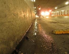 Hầm vượt sông Sài Gòn bị rò rỉ nước?