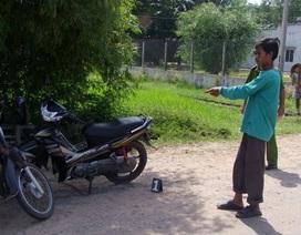 Đi bộ từ Campuchia sang Việt Nam trộm xe máy