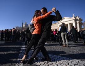 Vũ hội Tango mừng sinh nhật Giáo hoàng Francis