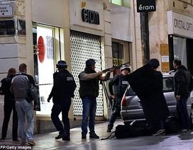 Giải cứu con tin tại tiệm nữ trang ở Pháp