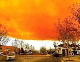 Tây Ban Nha: Nổ lớn tại công ty hóa chất, mây độc bao trùm 5 thị trấn