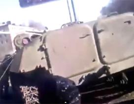 Xe bọc thép của quân đội Ukraine đâm chết bé gái 8 tuổi rồi bỏ trốn