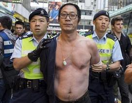 Hồng Kông bắt 33 người biểu tình phản đối tiểu thương Trung Quốc