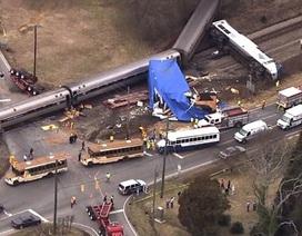 Mỹ: Tàu hỏa đâm xe tải, 62 người bị thương
