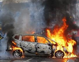 Đức: Biểu tình biến thành bạo động, 88 cảnh sát bị thương