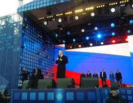 Putin: Nga sẵn sàng giúp Ukraine vượt qua thử thách