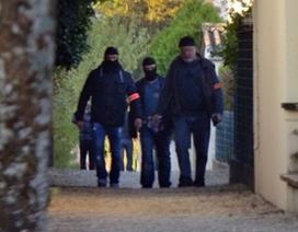 """Pháp bắt giữ nghi phạm """"lên kế hoạch tấn công nhà thờ"""""""