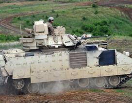 """Vũ khí, khí tài Mỹ triển khai """"áp sát"""" biên giới Nga"""