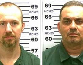 Mỹ: 2 tội phạm táo tợn khoan tường thép vượt ngục