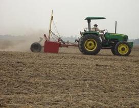 Laser san mặt ruộng giúp nông dân làm giàu