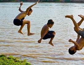 Nhớ con sông quê hương