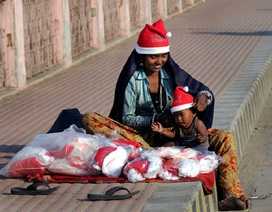 Thế giới tràn ngập không khí Giáng sinh