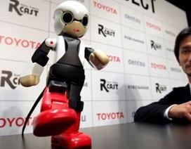 Robot biết nói đầu tiên sắp bay vào vũ trụ