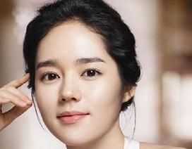 """Phụ nữ châu Á """"sôi sục"""" phẫu thuật thẩm mỹ đẹp như sao Hàn"""