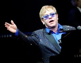 """Người Nga đệ đơn yêu cầu Tổng thống Putin """"tẩy chay"""" Elton John"""