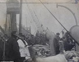 Bức ảnh chưa từng công bố về những thi hài trong vụ đắm tàu Titanic