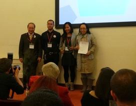 Trường dạy tiếng Việt nhận giải thưởng của Viện Hàn lâm Anh