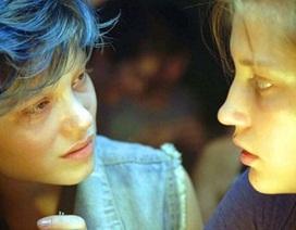 """Trẻ em Mỹ xem phim """"Cành Cọ Vàng"""", phụ huynh phẫn nộ"""