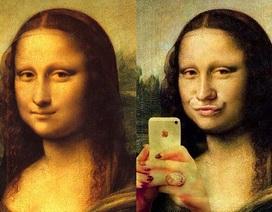 """Nếu nàng Mona Lisa biết chụp ảnh """"tự sướng""""...!"""