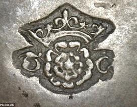 Ngắm đồ cổ quý giá trên con tàu đắm thế kỷ 16