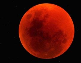 """Hình ảnh của hiện tượng """"mặt trăng máu"""""""