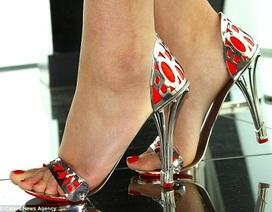 Đôi giày cao gót được bảo hiểm … 1.000 năm