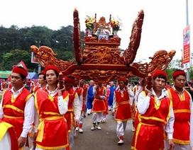 Đoàn 70 kiều bào về nước dự lễ Giỗ Tổ Hùng Vương