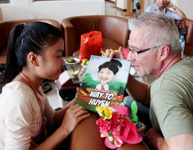 Hành trình đầy cảm xúc của nhà báo Đức đi xe máy sang Việt Nam