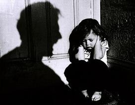 """Du khách quốc tế """"sốc"""" trước cảnh trẻ em bị lạm dụng ở Việt Nam"""