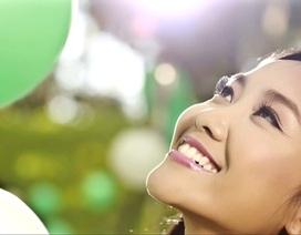 Hình ảnh tươi đẹp của Đoan Trang khi hát vì trẻ thơ