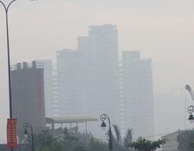 Mù khô vẫn đang bao trùm khắp Sài Gòn