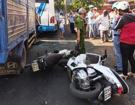 Xe tải đổ dốc mất thắng tông hàng loạt phương tiện