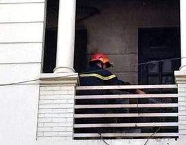 Nhà hàng giữa trung tâm Sài Gòn bốc cháy sau tiếng nổ lớn