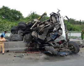 Dân bất an vì hàng loạt vụ lật xe trên cầu Phú Mỹ