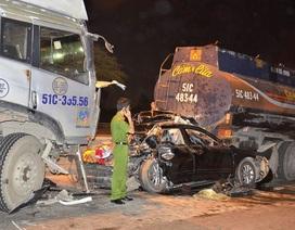 Hiện trường kinh hoàng vụ tai nạn giao thông liên hoàn trên cầu Phú Mỹ