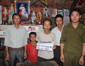 Trao hơn 42 triệu đồng đến hoàn cảnh cụ Đinh Nho Mẫu