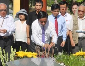 Trang trọng tổ chức lễ giỗ 196 năm Đại thi hào Nguyễn Du