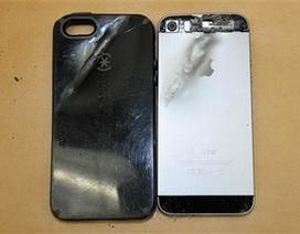 """iPhone đóng vai """"người hùng"""", đỡ đạn cứu chủ nhân"""
