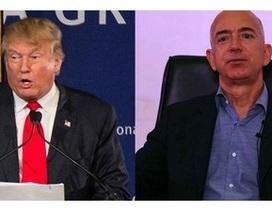 """Ông chủ Amazon """"khẩu chiến"""" Donald Trump trên mạng xã hội"""