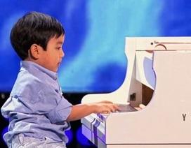 """Clip """"tài năng của cậu bé 4 tuổi"""" ấn tượng nhất Internet tuần qua"""