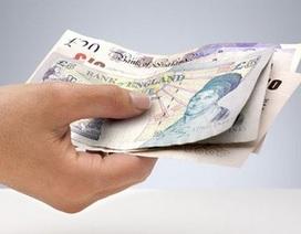 Khách hàng trả nhầm một triệu bảng Anh cho hóa đơn 100 bảng