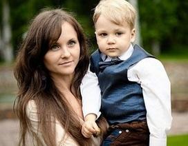 Bị chồng chê sau phẫu thuật thẩm mỹ, mẹ ôm con nhảy lầu tự sát