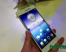 Cận cảnh Oppo R5 - smartphone mỏng nhất hiện nay